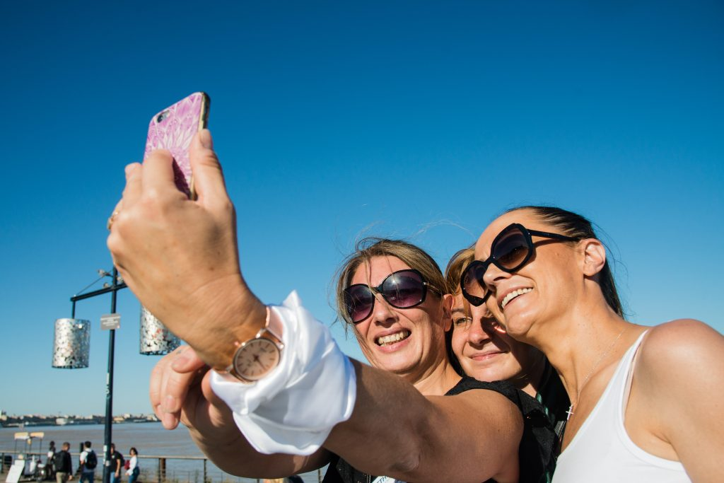 photo-exploiter-selfie-smartphone-photographe