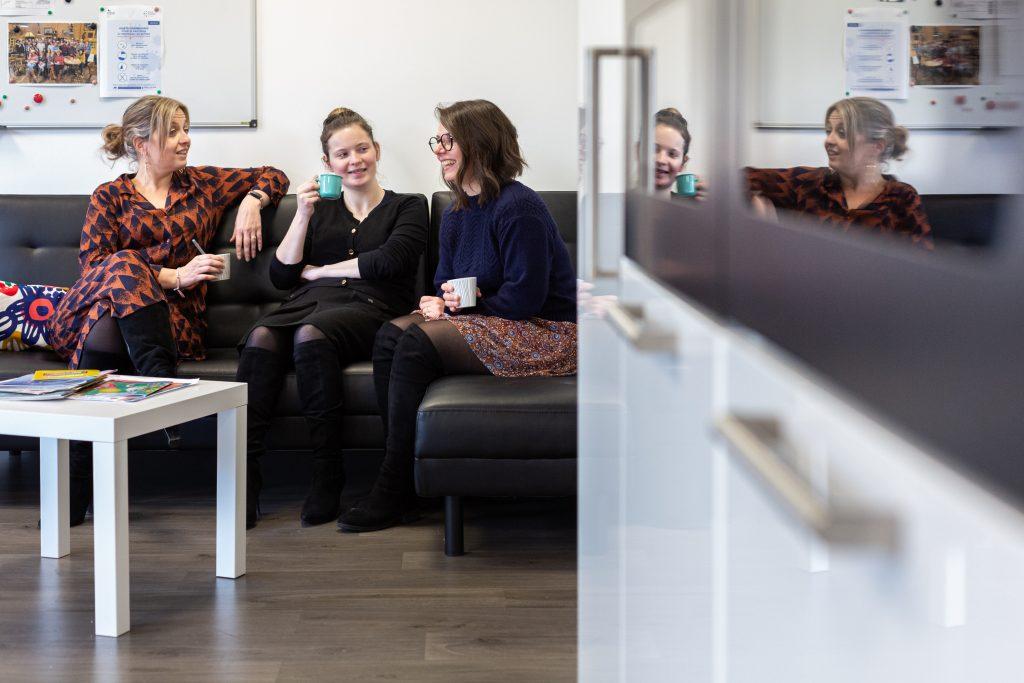 Ambiance de travail au bureau et bonne marque employeur